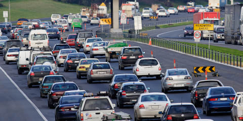Australian road toll down, serious injury rate climbs