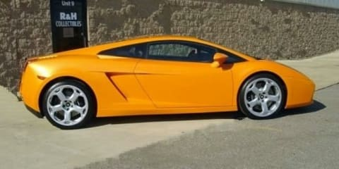 Lunatic Turns His Lamborghini Gallardo into a.... Ford Mustang?
