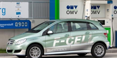 Mercedes-Benz B-Class F-CELL Hydrogen unveiled