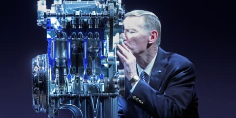 Ford shares three-cylinder EcoBoost engine know-how with Daimler