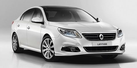 Renault Latitude: facelift revealed in leaked images