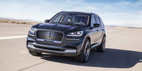 2019 Lincoln Aviator headed to Los Angeles