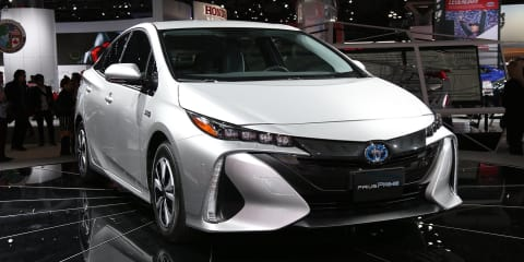 2017 Toyota Prius Prime: plug-in hybrid model revealed at New York auto show