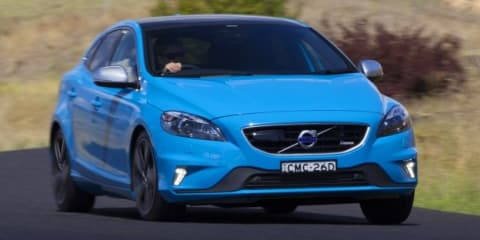 Volvo V40: New four-cylinder Drive-E engines for small hatchback
