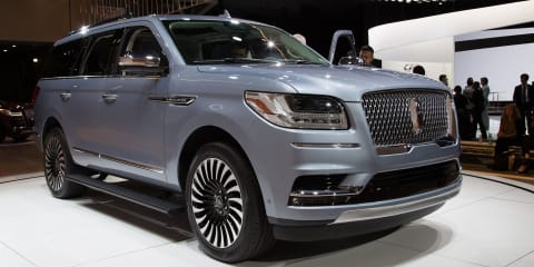 2018 Lincoln Navigator: Aluminium Cadillac Escalade competitor launched