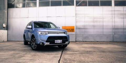 2014-14.5 Mitsubishi Outlander PHEV recalled