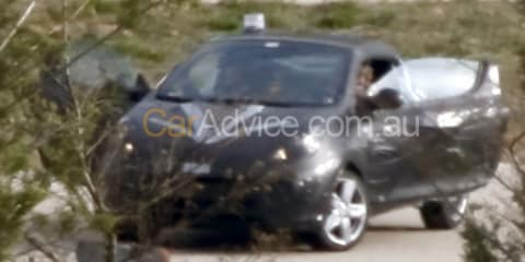 2010 Renault Twingo CC spy photos