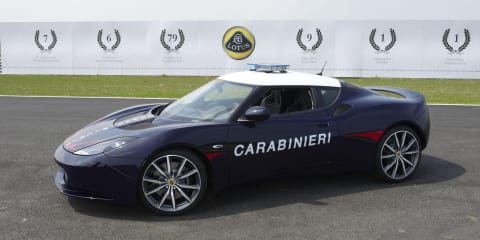 Lotus Evora S given to military police in Italy