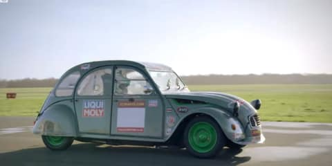 Citroen 2CV racer put through its paces - video