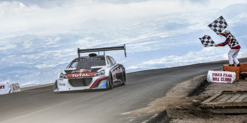 Peugeot 208 T16 Pikes Peak: Loeb wins, smashes record