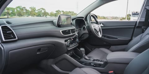 2019 Hyundai Tucson v Skoda Karoq comparison
