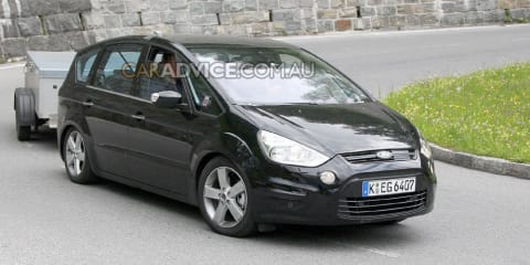 2010 Ford S-Max facelift spied