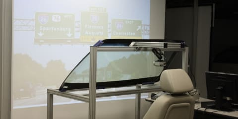 GM reinvents head-up display technology