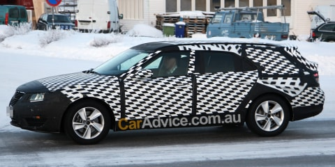 Saab 9-5 SportCombi spy photos