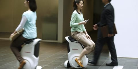 Honda Uni-Cub: electric mobility gets personal