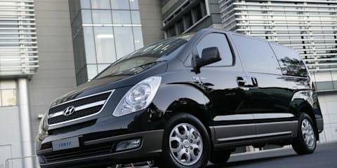 2011 Hyundai iMax, iLoad score safety, tech upgrades