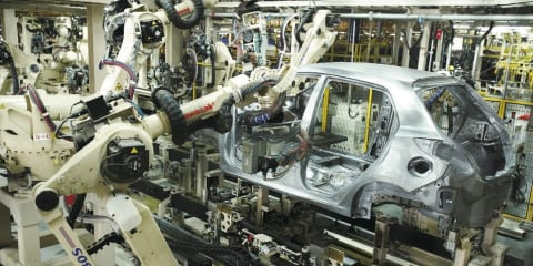 Mazda to build Toyota cars from 2015
