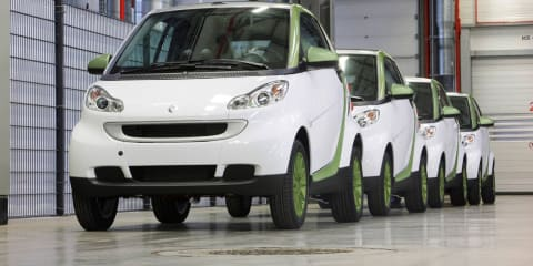 Smart fortwo 'electric drive' production begins, public sales by 2012