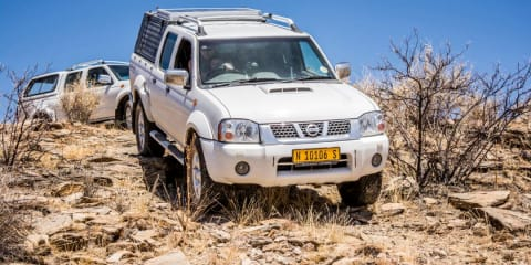 2014 Nissan Navara D22 (4x4) review