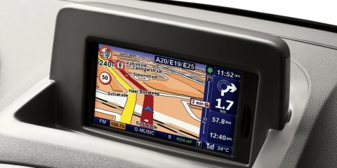 TomTom sat-nav units to be installed in production cars