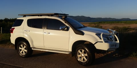 2015 Isuzu MU-X LS-U (4x4) Review