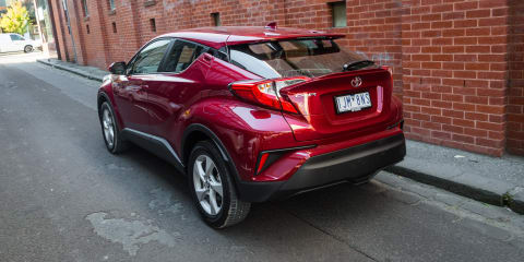 2017 Toyota C-HR 2WD review