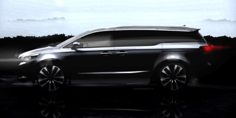 2015 Kia Carnival teased again; name confirmed