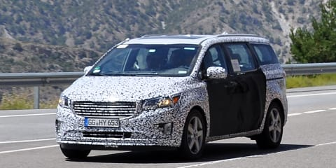 2014 Kia Grand Carnival takes shape