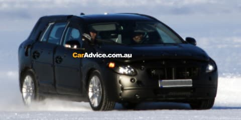 Volvo V60 Stationwagon Spy Photos