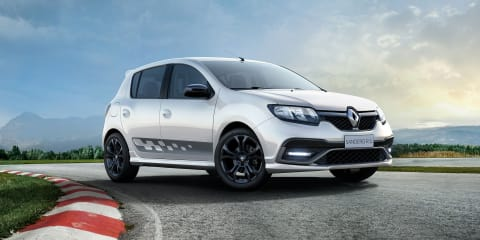 Renault Sandero RS 2.0 revealed
