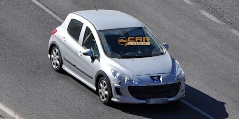 Peugeot 301 (308 replacement) spy shots