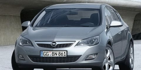 2010 Holden Astra images leaked