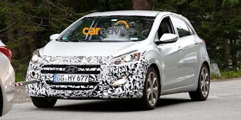 2015 Hyundai i30: Genesis-inspired facelift spied