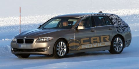 2010 BMW 5 Series Touring spy photos