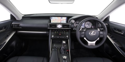 2017 Lexus IS review