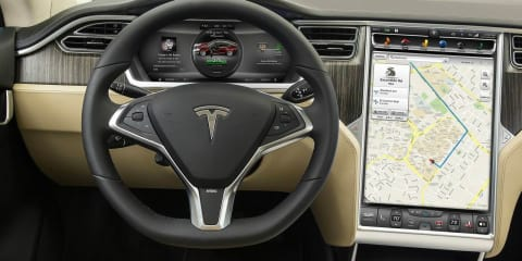 Tesla Model S : Software v6.0 update brings location-based air suspension, traffic-based navigation