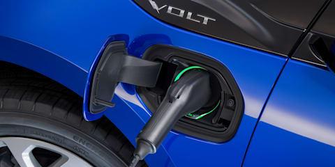 Smart poles to light up EV charging in Sydney
