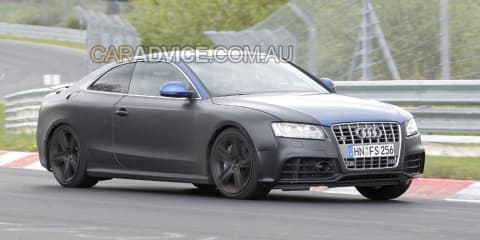 2009 Audi RS5 spied with spoiler