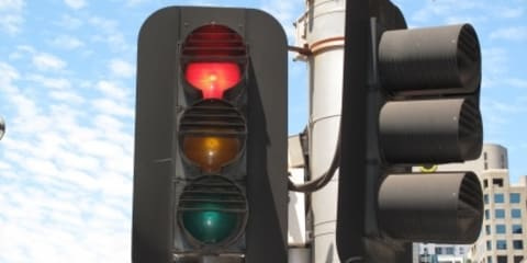 Illinois may allow bikes to ride through red lights