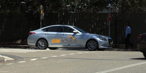 Hyundai Genesis : Luxury sedan spied in Australia