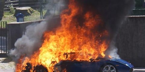 Lamborghini Gallardo spontaneously combusts