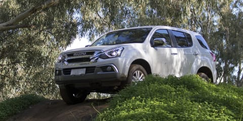 2017 Isuzu MU-X off-road review