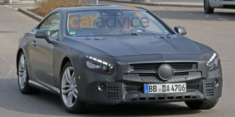 Mercedes-Benz SL-Class facelift spied during testing