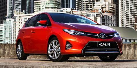 2013 Toyota Corolla pricing and specifications