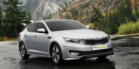 Kia Optima Hybrid improves efficiency