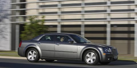 Chrysler 300: More models recalled over Takata airbag issue