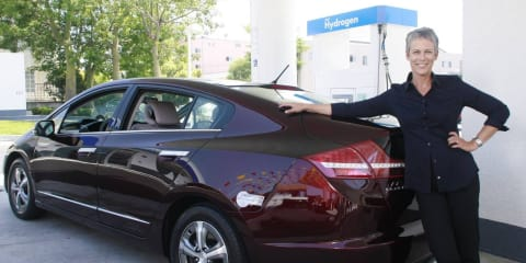 Honda FCX Clarity wins 2009 World Green Car