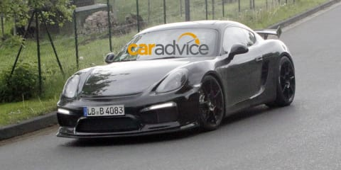 Porsche Cayman GT4 : Hardcore track-focused coupe spied