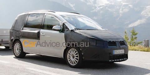 2011 Volkswagen Sharan spy pics