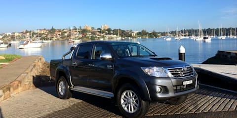 2014 Toyota HiLux Review : 4x4 SR5 diesel dual-cab